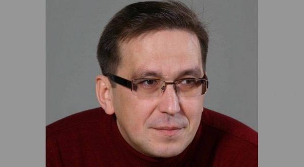 """Рәшит Заһидуллин: """"Өйдә театр турында сөйләшмибез"""""""
