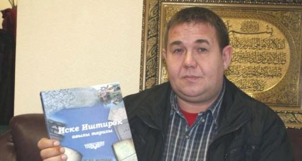 "Илфак Шиһапов: Мәгълүмат ""доза""сына кытлык юк"