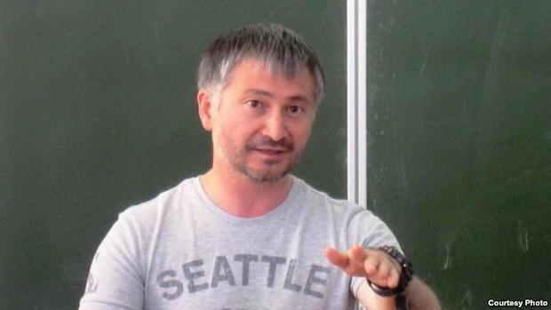 Әхмәт Ярлыкапов