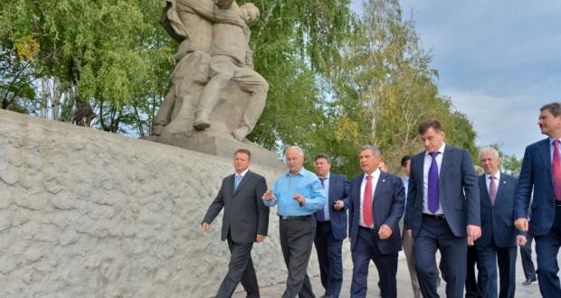 Председатель Исполкома Всемирного конгресса татар — в Волгограде