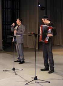 Исполнители мусульманских песен братья Рустам и Руслан Маметовы
