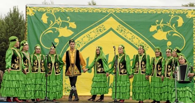Народный ансамбль татарской песни «Сандугач»