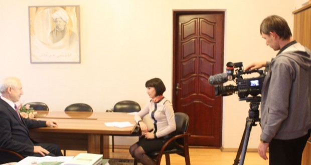 "Rinat Zakirov answered the questions of the program ""Adymnar"""