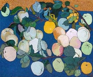 …Гнутся ветви под тяжестью плодов, еще набирающих под нещедрым солнцем России сладкие соки. Рассыпаны яблоки на синем, белом, красном.