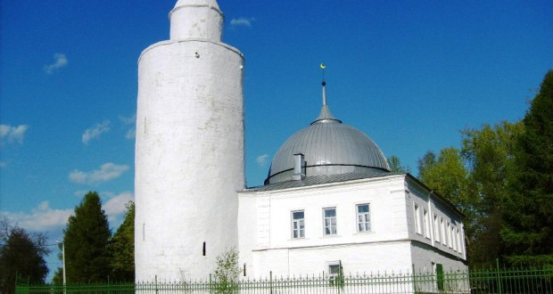 Kasimov Muslims hope that buildings of historic mosques will be transferred to believers
