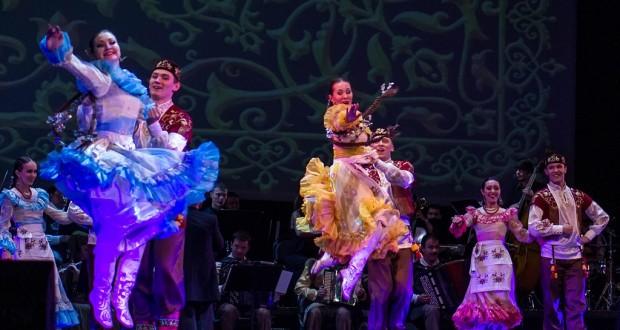 Госансамбль песни и танца РТ посетит новые сельские клубы Татарстана
