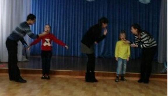 Татарская молодежная организация «Мирас» посетила детский дом в Семее