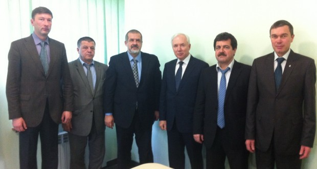 Chairman of the Excom. WCT Rinat Zakirov in Simferopol met with the Chairman of Mejlis of the Crimean Tatars Refat Chubarov