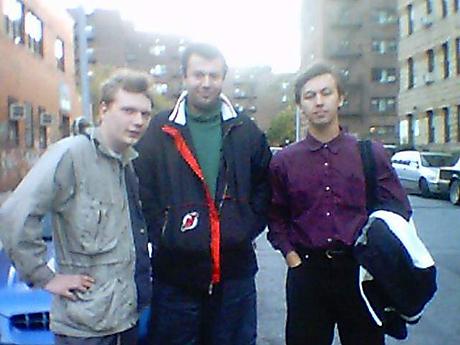 2003, США. Гата Камский (справа)