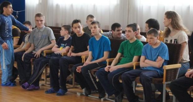 Бөекбританиядә яшәүче татарлар Казандагы Дәрвиш бистәсе балалар йортына ярдәм иттеләр
