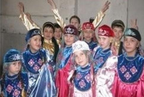 В Екатеринбурге состоялся отчетный концерт образцового ансамбля «Кугарсен»