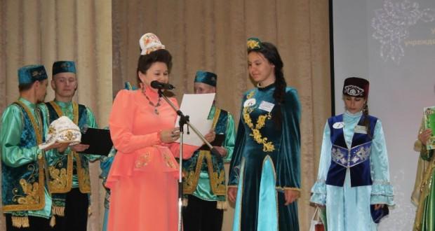 Арчада озын толымлы татар кызы сайлап алдылар