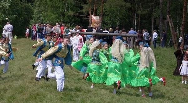Тосно татарлары милли гореф-гадәтләребезне онытмый