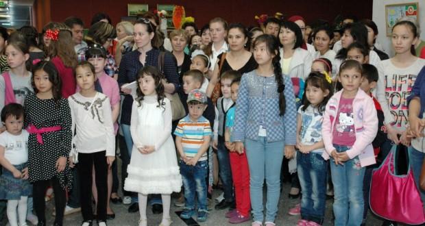 Дети из Казахстана рисовали Казань