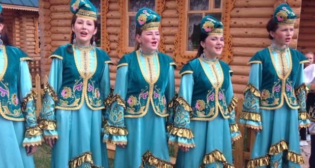 Бөтендөнья татар яшьләре  – Арчада