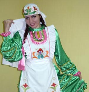 Конкурс женского национального костюма