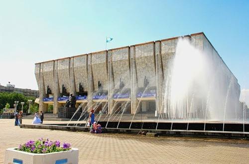 В Алматы артисты камаловского встретятся со зрителями