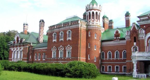 Бердәнбер театр һәм музыка сәнгате музеенда татар уен кораллары да саклана