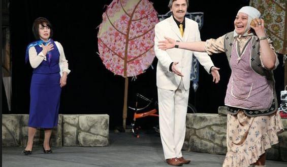 Театр привез родителей к сыновьям