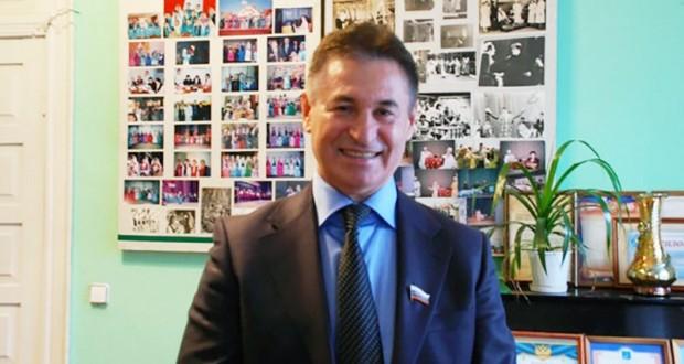 Председатель Астраханской областной общественной организации – общество татарской национальной культуры «Дуслык» Анвер Алмаев