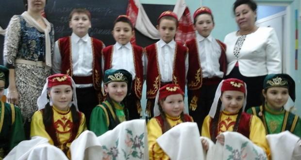 Теләчедә — «Аклы татар сөлгесе – керсез җанның көзгесе»