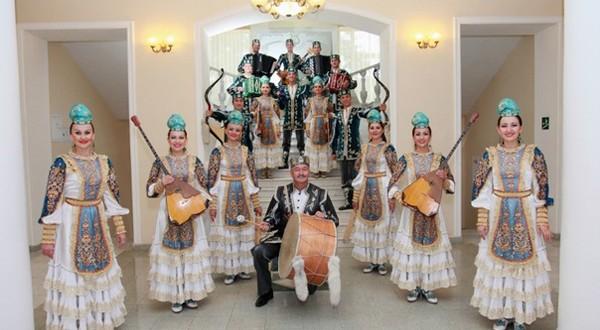 Государственному ансамбля фольклорной музыки Республики Татарстан — 15 лет