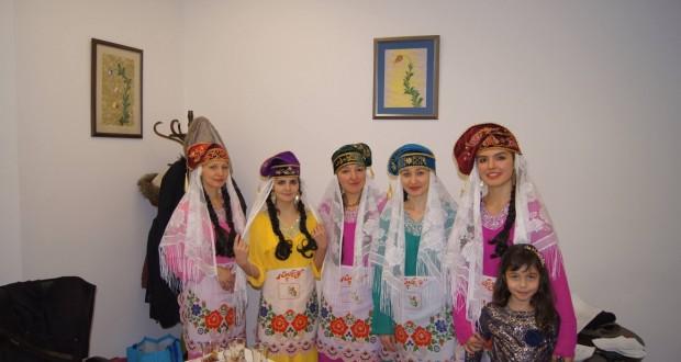 Татары Франции познакомили французов с татарской культурой