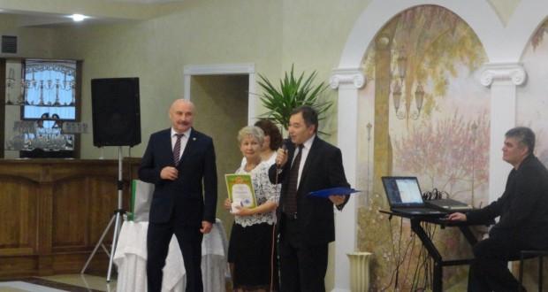 В Симферополе отметили  21 годовщину со дня образования общества татар Поволжья в Крыму