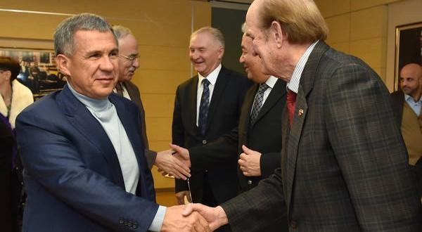 Татарстан Президенты Әнкарада милләттәшләребез белән очрашты