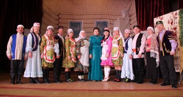 """In the village of Sredniye Shuni of Kirov region a ceremonial festival """"Utyrmaga bar"""" held"""