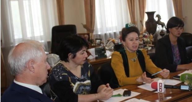 Татар хатын-кызлары форумы алдыннан матбугат очрашуы үтте