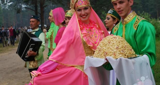 Детям: Гостеприимство по-татарски
