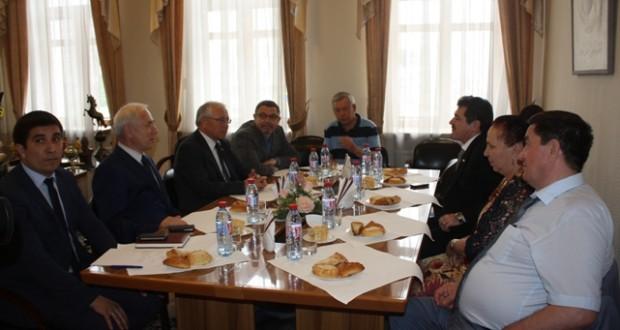 Бөтендөнья татар конгрессында Ремзи Ильясов булып китте