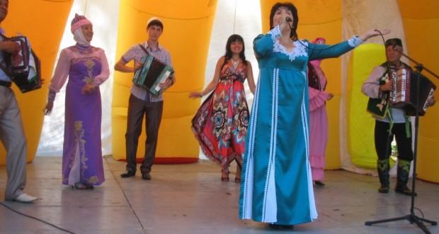 Фестиваль татарского национального искусства в Тюмени