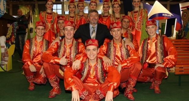 Татарстан Фольклор музыкасы дәүләт ансамбле Өремчегә бара