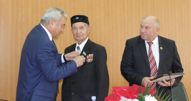 Одному из основателей Татарского общественного центра Семея исполнилось 90 лет