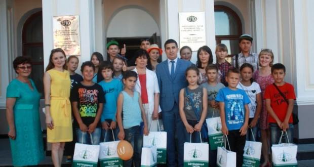 Кыргызстан республикасыннан килгән татар балалары белән очрашу узды