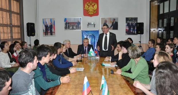 Встреча с участниками учебно-образовательной поездки в Казань в рамках программы «Здравствуй, Россия»