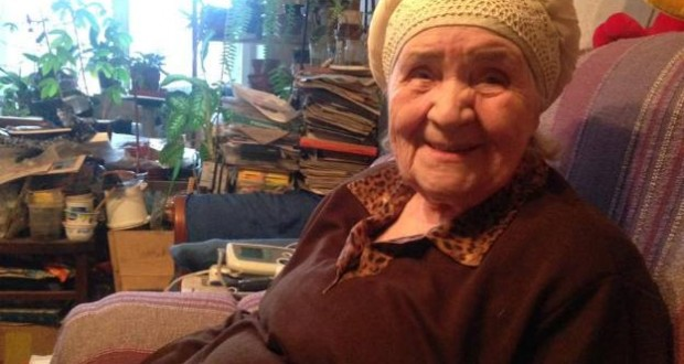Ренат Валиуллин поздравил с 90-летием блокадницу Ленинграда