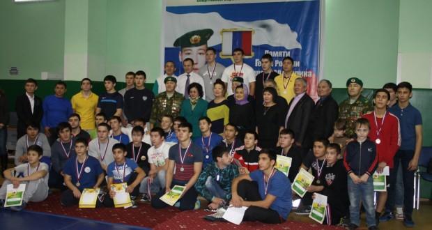 В Тюмени борцы кореш почтили память Героя России Раушана Абдуллина