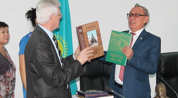 Meeting of writers of Kazakhstan and Tatarstan took place in Taldykorgan