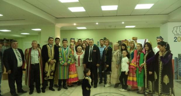 Татары на торжественном мероприятии, посвященном Дню национального единства народов Пензенской области