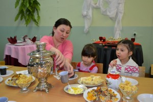 Нурия Хуснуллина с внуками