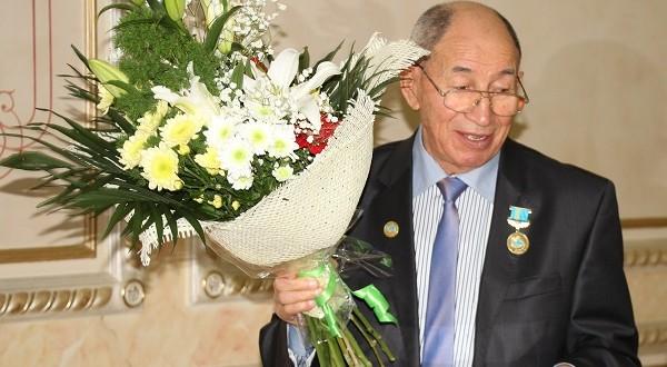 Главе татаро-башкирского центра Павлодарской области Миниру Галееву исполнилось 75-лет