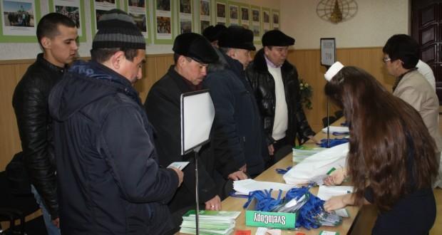 V Бөтенроссия татар авыллары эшмәкәрләре җыены делегатлары килә башлады