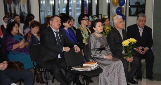 Уфада «Ак калфак» оешмасы татар мәдәни үзәген ачты