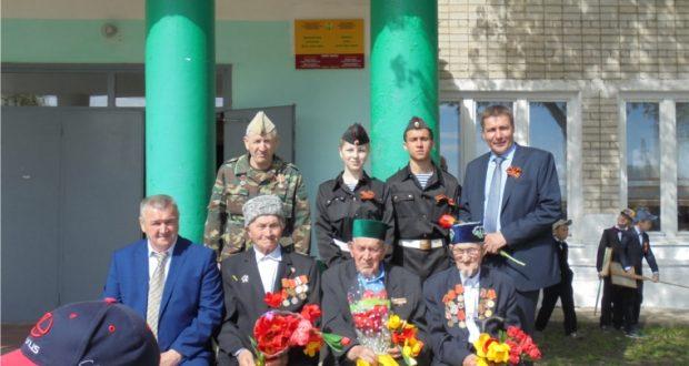 Состоялся торжественный митинг в честь Великой Победы в деревне Урмаево