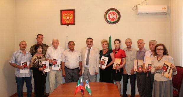 Ташкентта «Муса Җәлилнең тууына 110 ел тулу истәлегенә» медальләре тапшырылды