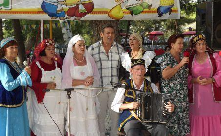 Сәмәркандта яшәүче татарларны Сабан туе белән алман телендә тәбрикләгәннәр