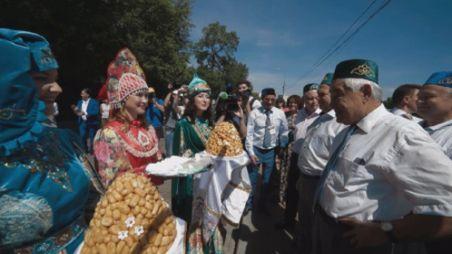 Мәскәү Сабан туен оештыручылар татар бәйрәменең ни өчен популяр булуын аңлатты